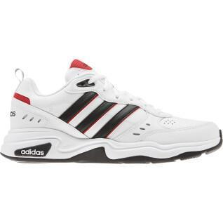 Chaussures adidas Strutter
